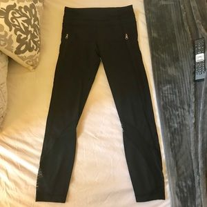 Lululemon 7/8 leggings mint condition